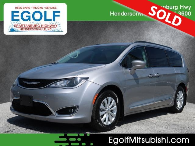 2017 Chrysler Pacifica  - Egolf Motors