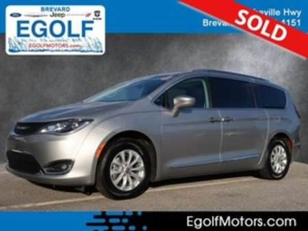 2018 Chrysler Pacifica Touring L for Sale  - 82291  - Egolf Motors