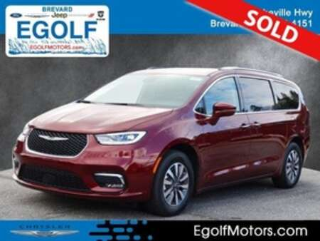 2021 Chrysler Pacifica TOURING L FWD for Sale  - 22041  - Egolf Motors