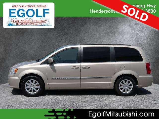 2013 Chrysler Town & Country  - Egolf Motors