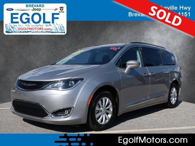 2017 Chrysler Pacifica  - Egolf Motors