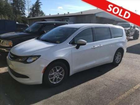 2017 Chrysler Pacifica LX for Sale  - 5132A  - Egolf Motors