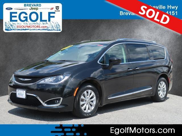 2018 Chrysler Pacifica  - Egolf Motors