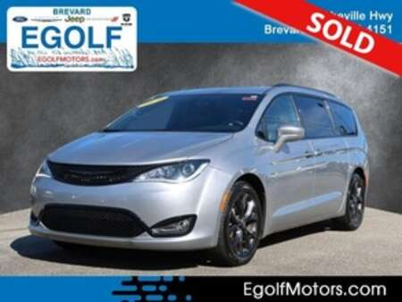 2020 Chrysler Pacifica Limited for Sale  - 82432  - Egolf Motors