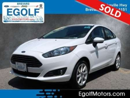 2019 Ford Fiesta SE for Sale  - 10979  - Egolf Motors