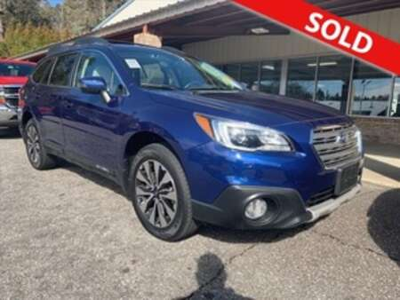 2017 Subaru Outback 3.6R Limited for Sale  - 11084  - Egolf Motors