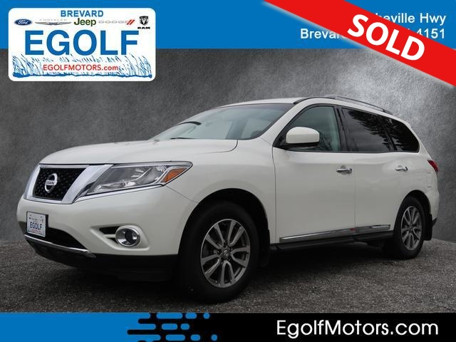 2015 Nissan Pathfinder  - Egolf Motors