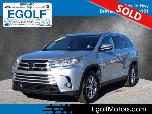 2019 Toyota Highlander  - Egolf Motors
