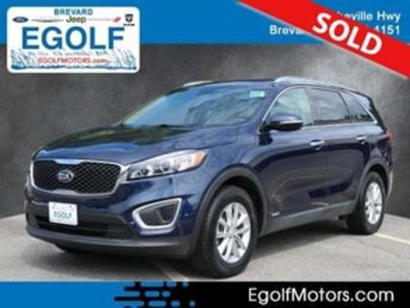 2017 Kia Sorento LX AWD for Sale  - 10991  - Egolf Motors