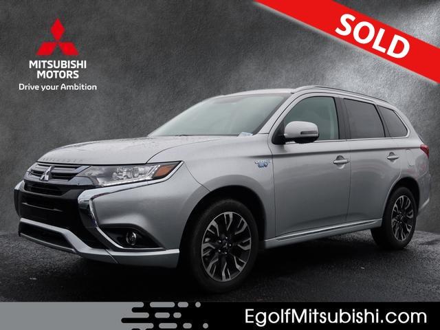 2018 Mitsubishi Outlander PHEV  - Egolf Motors
