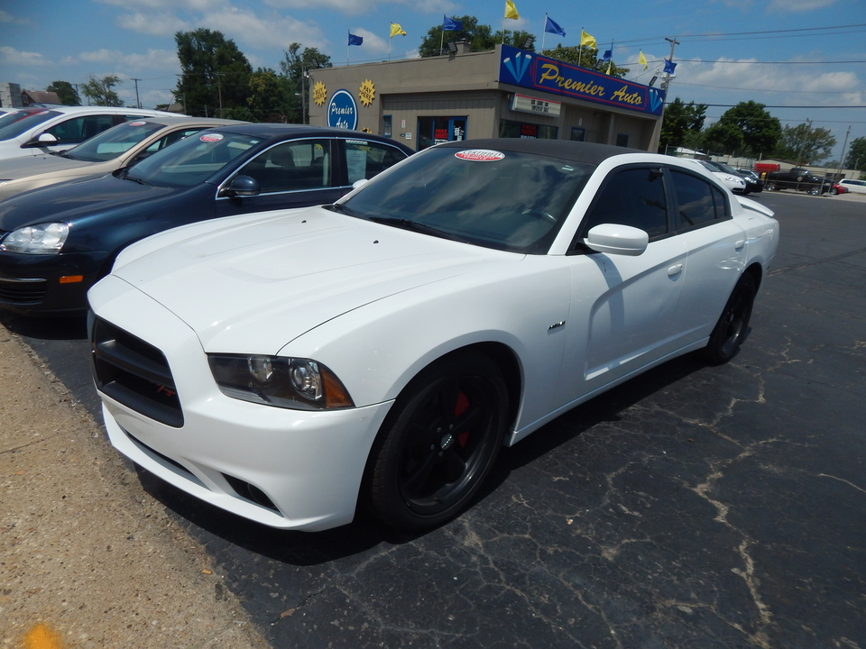 2013 Dodge Charger  - Premier Auto Group