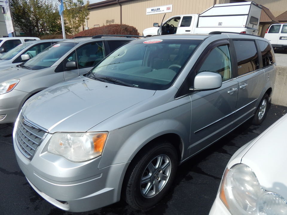 2010 Chrysler Town & Country Touring  - 467833  - Premier Auto Group