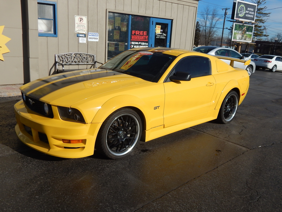 2006 Ford Mustang  - Premier Auto Group