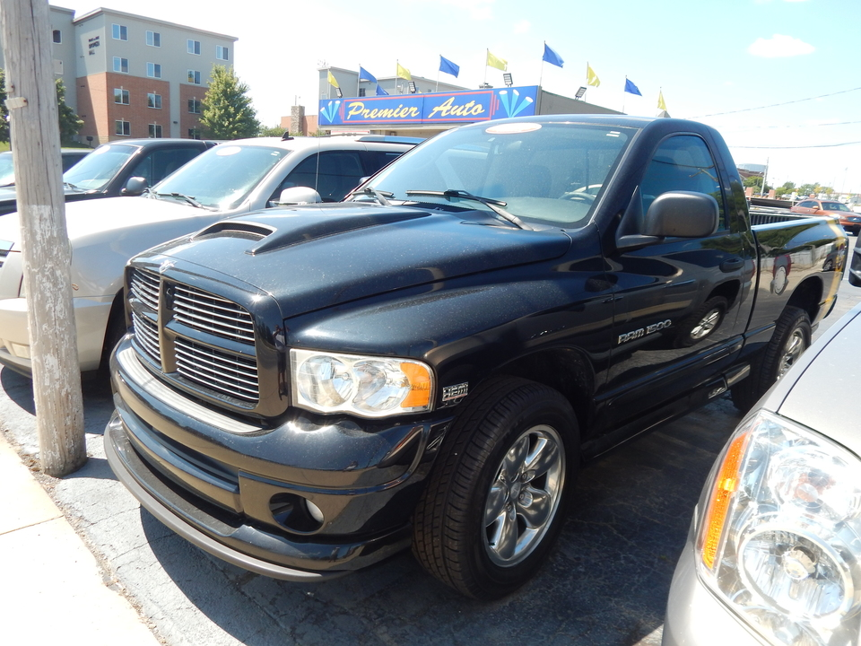 2004 Dodge Ram 1500  - Premier Auto Group