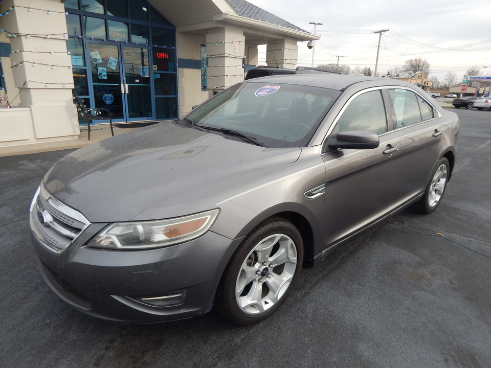 2011 Ford Taurus SEL  - 135118x  - Premier Auto Group