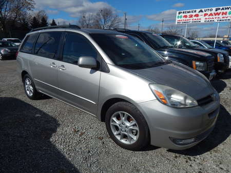 2005 Toyota Sienna XLE LTD for Sale  - 322582  - Premier Auto Group