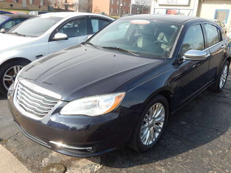 2011 Chrysler 200 Limited for Sale  - 571036  - Premier Auto Group