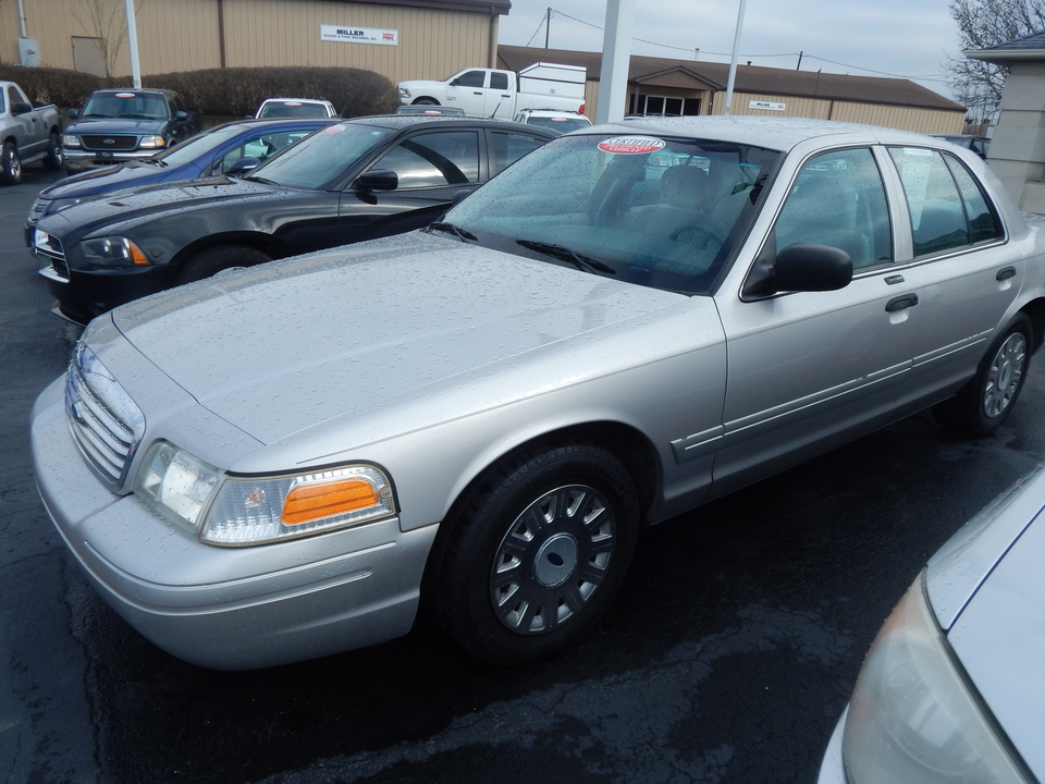2005 Ford Crown Victoria Standard  - 110476  - Premier Auto Group