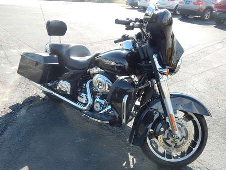 2011 Harley-Davidson FLHX Street Glide  for Sale  - 645458  - Premier Auto Group