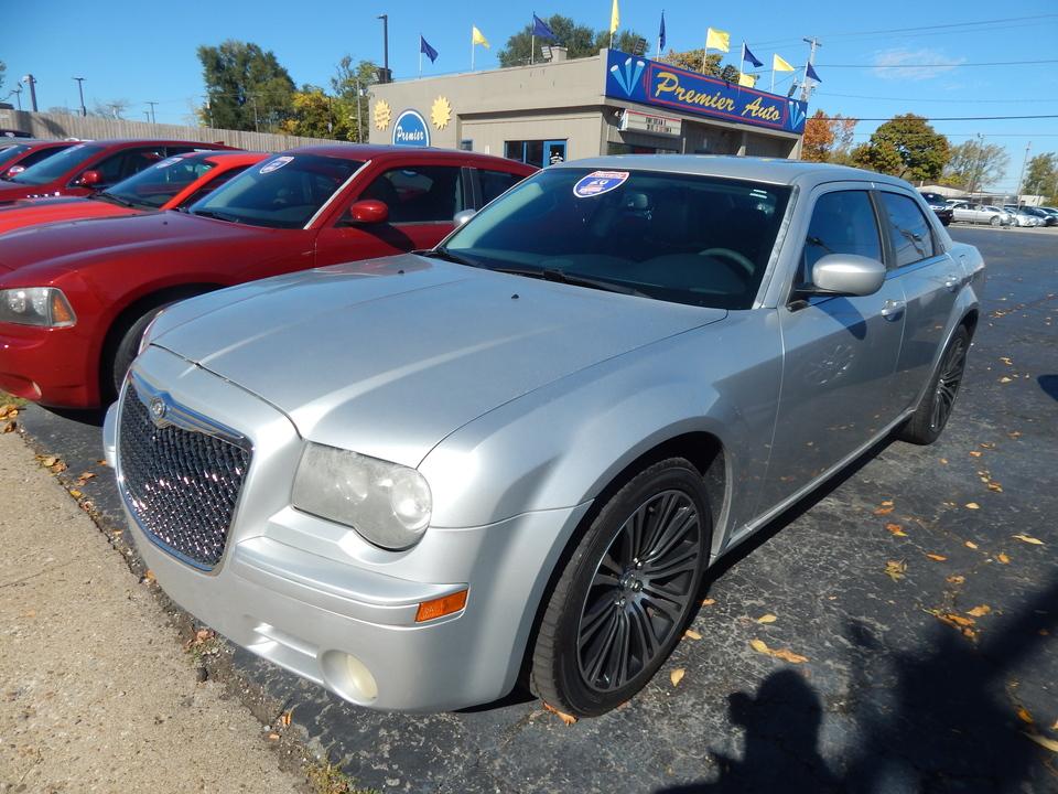 2010 Chrysler 300 300S V6  - 330690  - Premier Auto Group