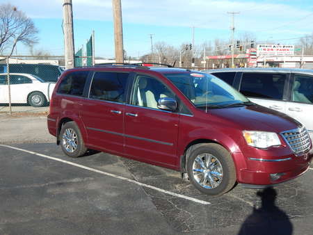 2008 Chrysler Town & Country Limited for Sale  - 827121  - Premier Auto Group