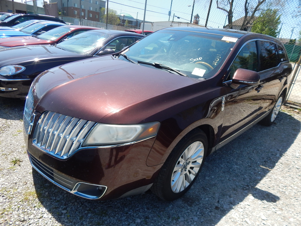 2010 Lincoln MKT  - J13370  - Premier Auto Group