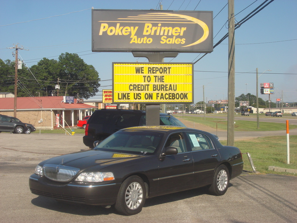 2005 Lincoln Town Car  - Pokey Brimer