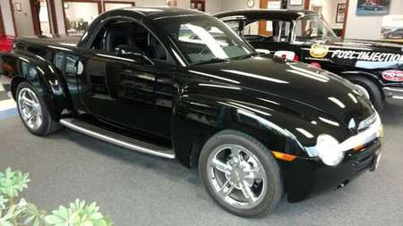 2005 Chevrolet SSR LS Regular Cab for Sale  - 2902  - Keast Motors