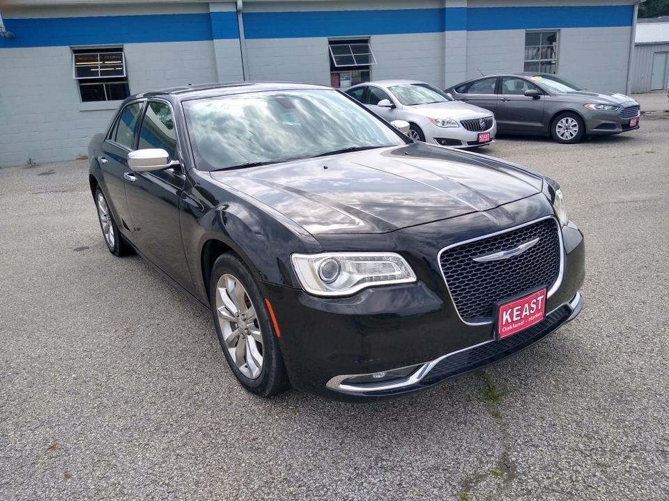 2015 Chrysler 300  - Keast Motors