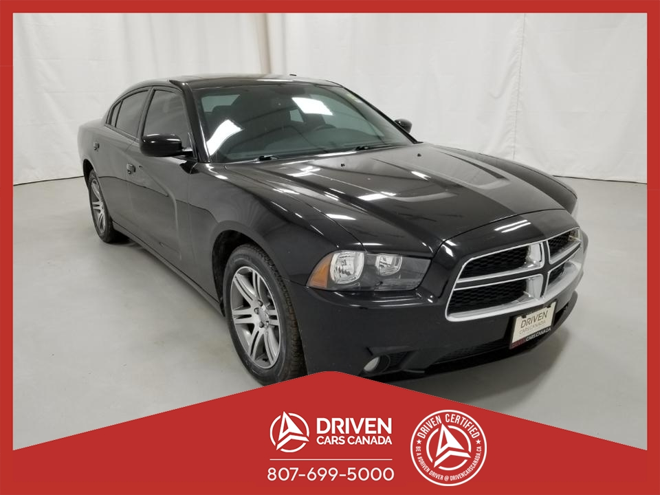 2014 Dodge Charger SXT image 1 of 18