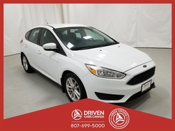 2015 Ford Focus SE HATCH  - 2002TA  - Driven Cars Canada