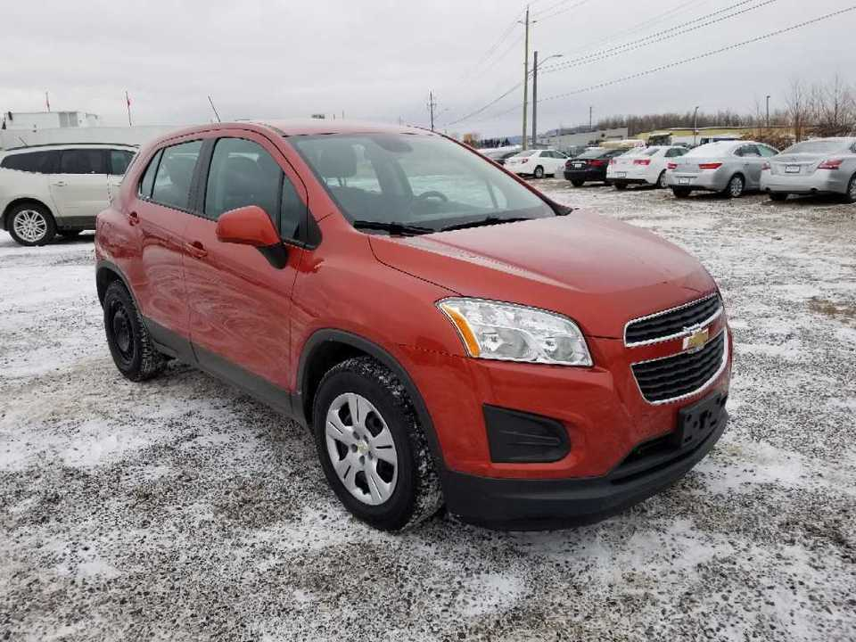 2015 Chevrolet Trax LS FWD image 1 of 12