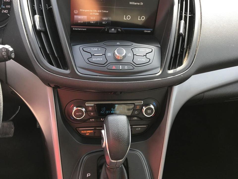 2015 Ford Escape SE 4WD image 6 of 7