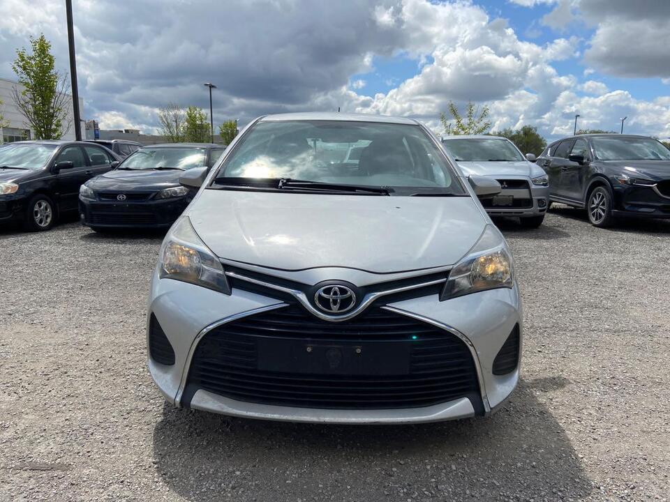 2015 Toyota Yaris LE image 1 of 12