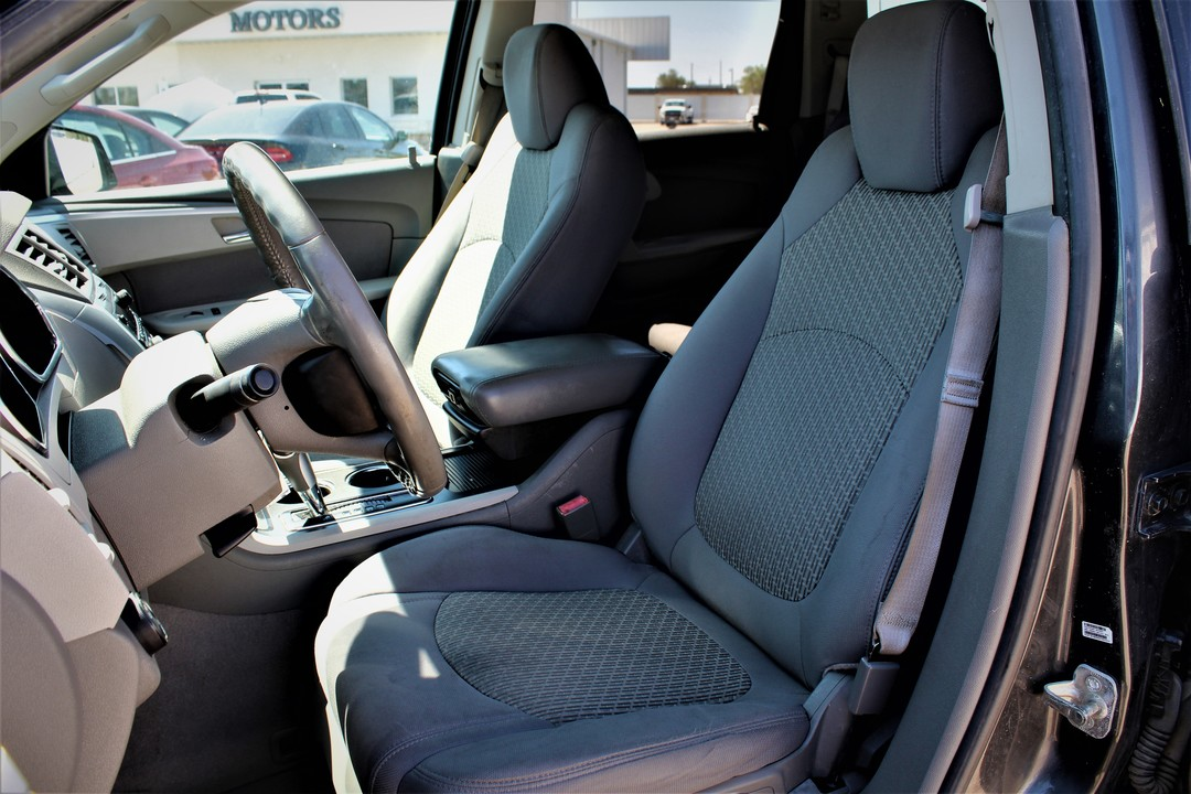 2011 Chevrolet Traverse  - Fiesta Motors