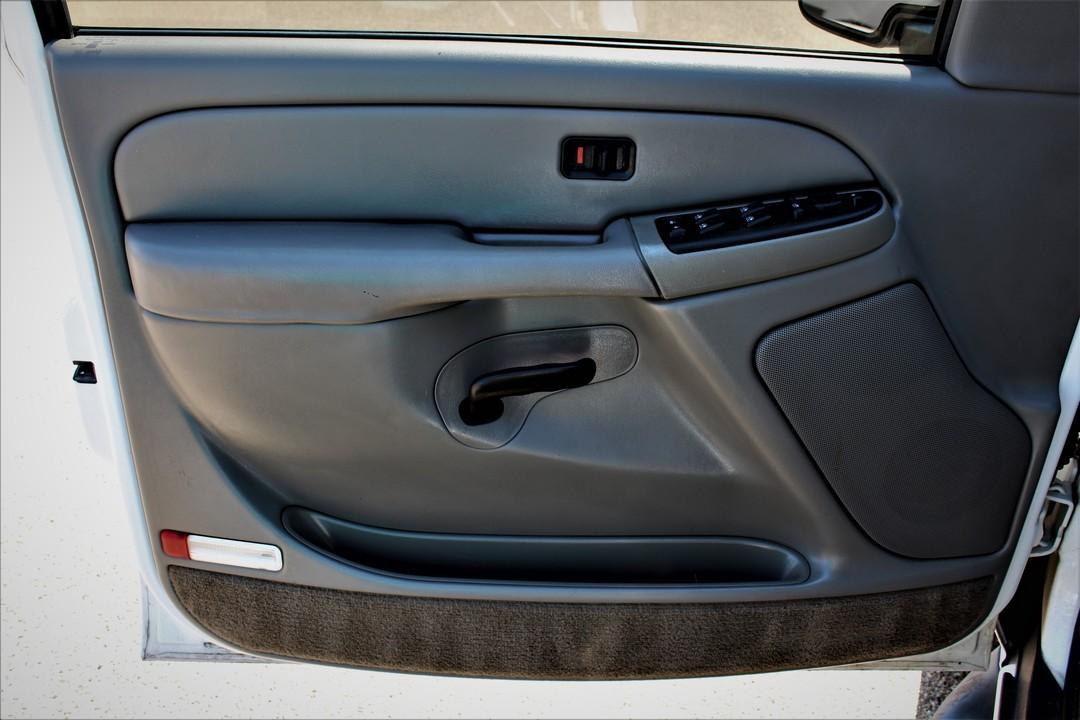 2004 GMC Yukon  - Fiesta Motors