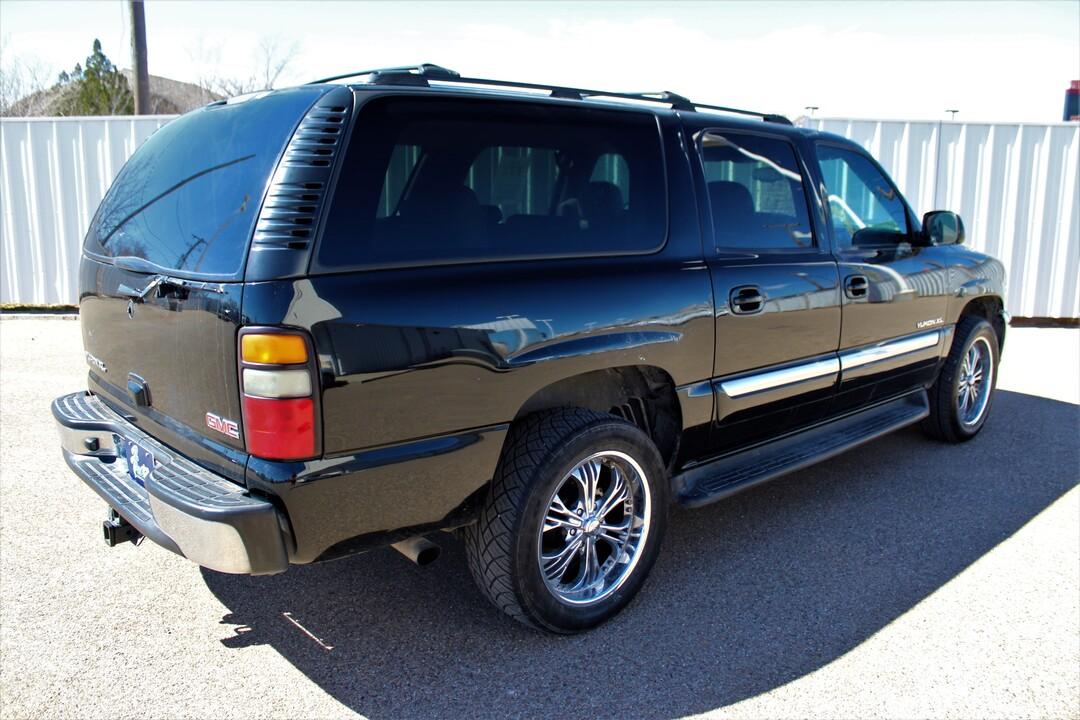 2005 GMC Yukon XL  - Fiesta Motors
