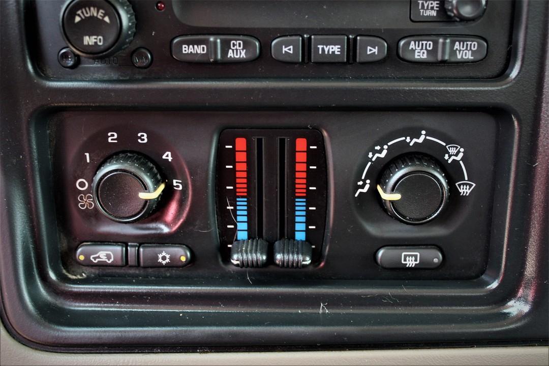 2005 GMC Sierra 2500  - Fiesta Motors