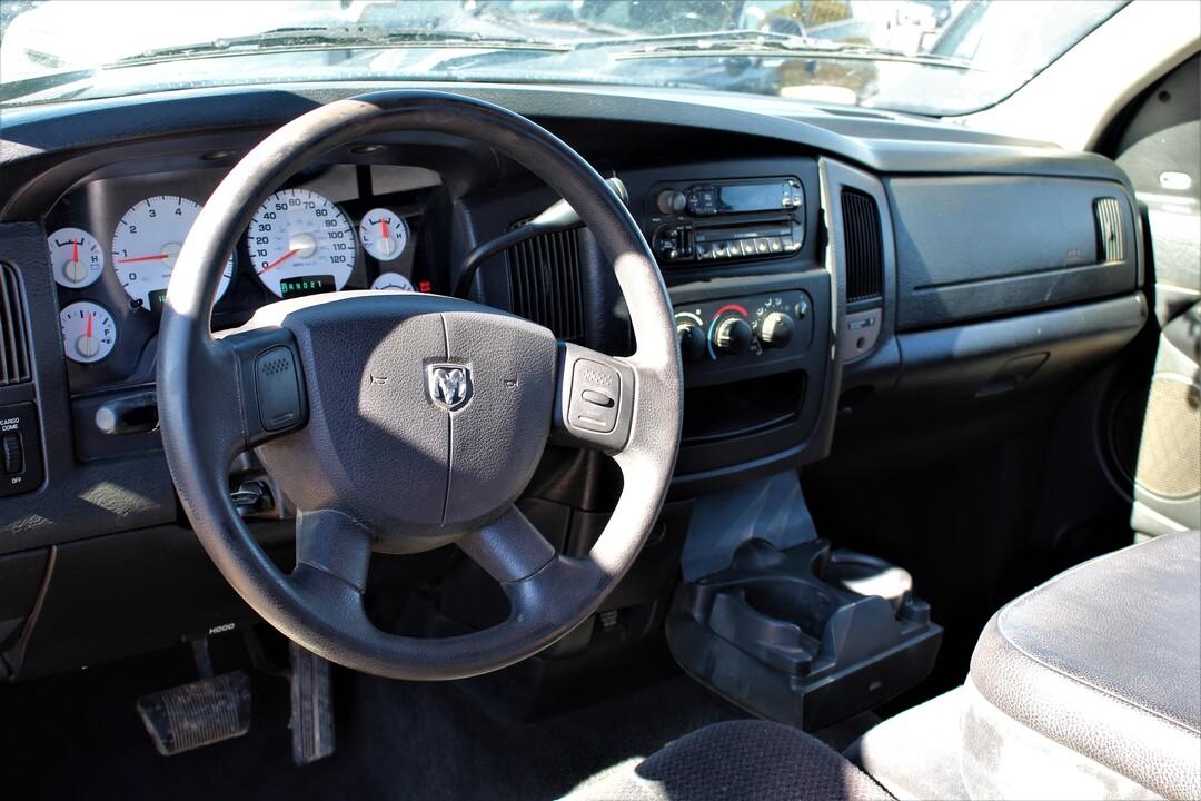 2004 Dodge Ram 1500  - Fiesta Motors
