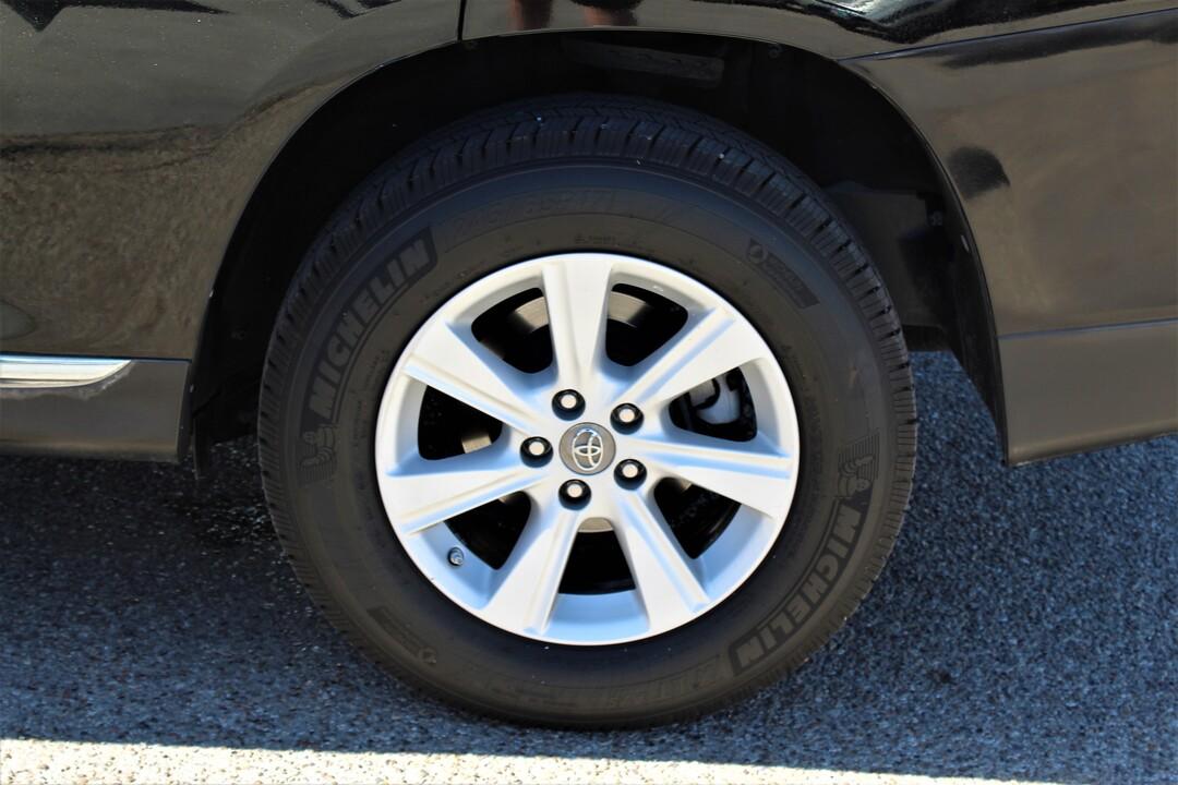 2012 Toyota Highlander  - Fiesta Motors