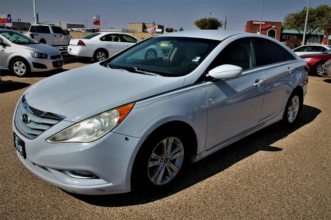 2011 Hyundai Sonata  - Fiesta Motors