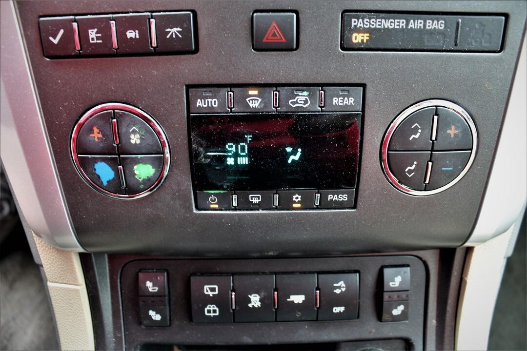 2011 Chevrolet Traverse  - Fiesta Motors