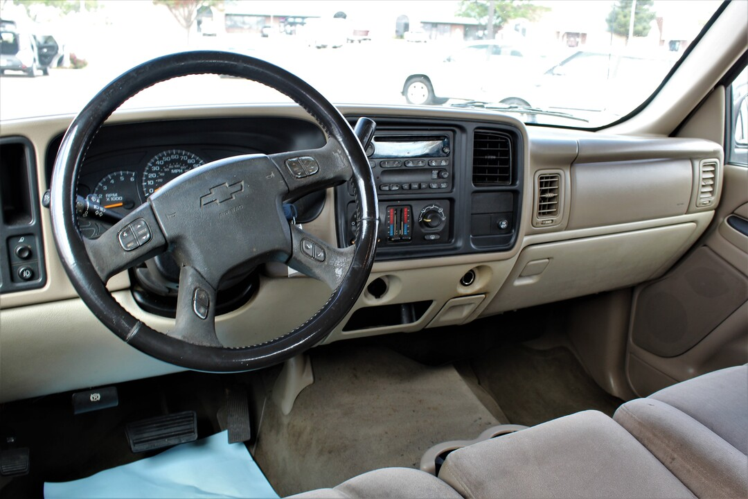 2006 Chevrolet Avalanche  - Fiesta Motors