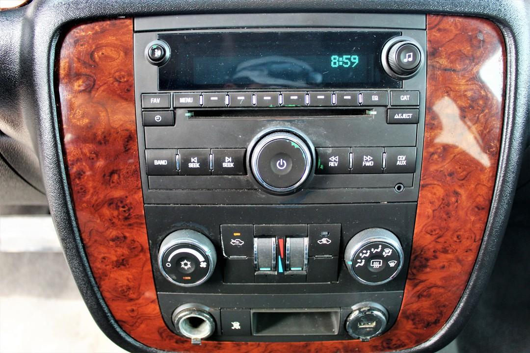 2011 Chevrolet Avalanche  - Fiesta Motors