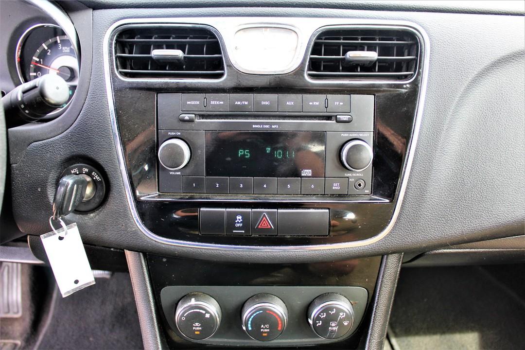 2011 Chrysler 200  - Fiesta Motors