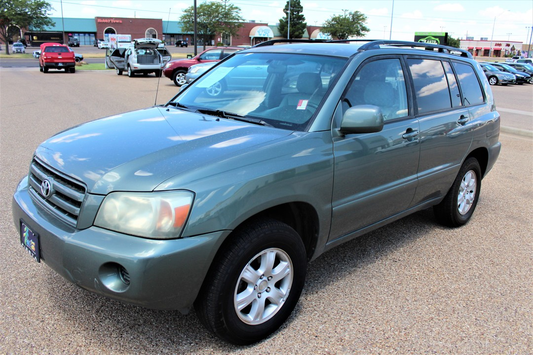 2004 Toyota Highlander  - Fiesta Motors