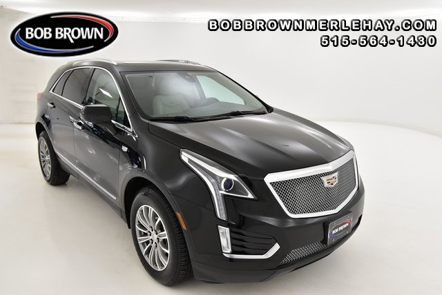 2017 Cadillac XT5 Luxury AWD  - W208333  - Bob Brown Merle Hay