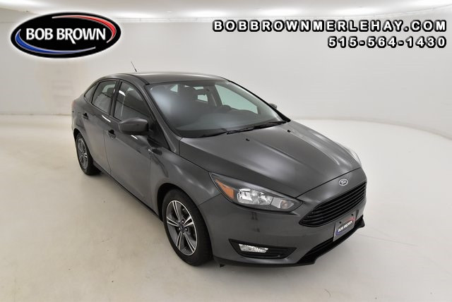 2018 Ford Focus SE  - W278340  - Bob Brown Merle Hay