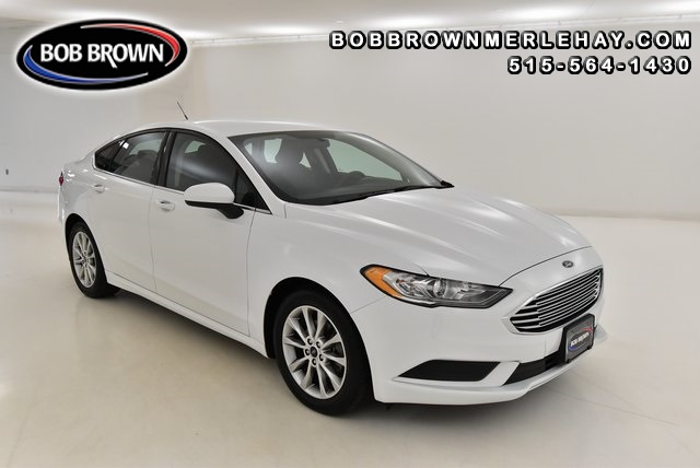 2017 Ford Fusion SE  - W125668  - Bob Brown Merle Hay