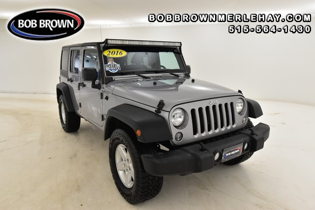 2016 Jeep Wrangler Unlimited Sport 4WD  - W224171  - Bob Brown Merle Hay